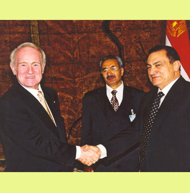 President Johannes Rau visiting Egypt in 2000